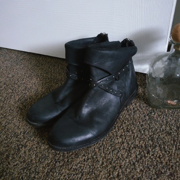 b8136415d07dc Free People Alamosa Vero Cuoio Ankle Boots. M 5bdcc22a9fe486a7325d4d43